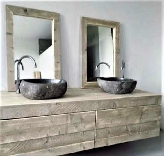Maatwerk badkamermeubel van steigerhout met 2 grote lades | stoerhout-hetgooi.nl