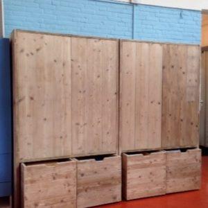 Op maat gemaakte muurkast met 4 deuren en 4 lades | stoerhout-hetgooi.nl