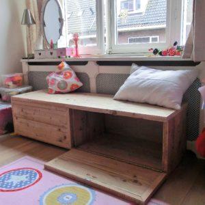 Stoere op maat gemaakte steigerhouten opbergkist met 2 grote opbergvakken voor kinderkamer   stoerhout-hetgooi.nl